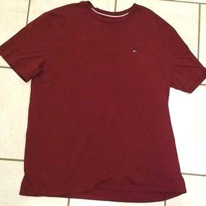Tommy Hilfiger Burgundy T-shirt